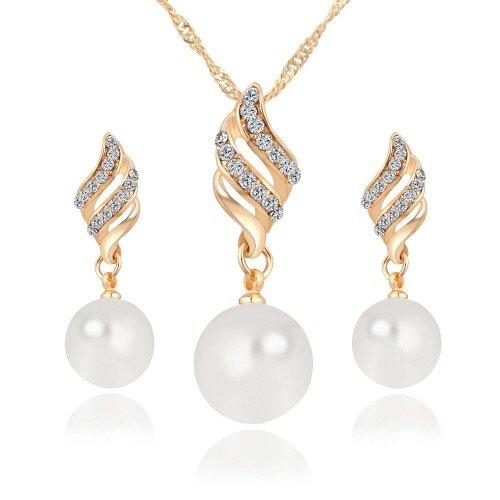 Earrings and necklace set Rhinestone pendant jewelry design in Pakistan